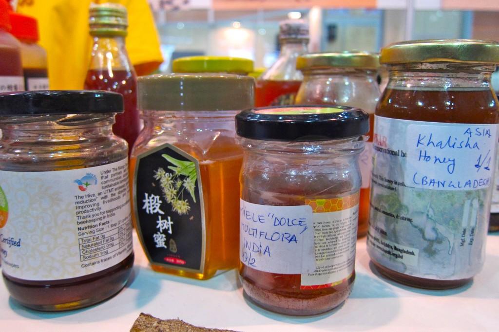 cata de miel de todas partes del mundo
